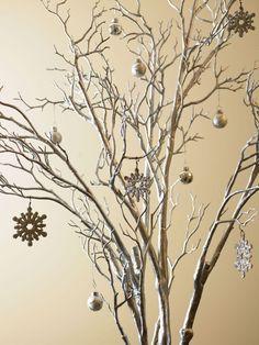 Árbol de Navidad con ramas en Decoración