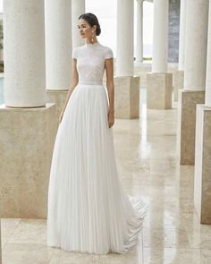 Cute Modest Wedding Dresses To Inspire ★ modest wedding dresses a line with cap sleeves lace top rosa clara Dream Wedding Dresses, Bridal Dresses, Wedding Gowns, High Neck Wedding Dresses, Short Sleeved Wedding Dress, Petite Bride Wedding Dress, Wedding Dress Topper, Rosa Clara Wedding Dresses, Diy Wedding Dress