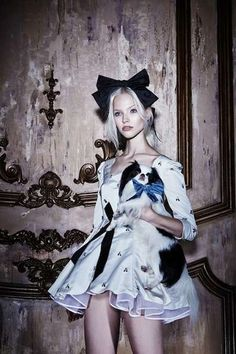 The Bohemique Cruise 2013 Takes a Trip Down the Rabbit Hole - Sasha Luss