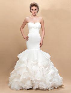 #Vestidos de #novia con escote de corazón 01