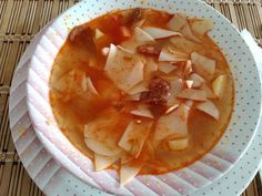 Thai Red Curry, Food And Drink, Ethnic Recipes, Desserts, Film, Tailgate Desserts, Movie, Deserts, Film Stock