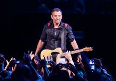 Live Review: Bruce Springsteen and the E Street Band at Sunrise's BB&T Center 4/29  http://consequenceofsound.net/author/abundantlion/