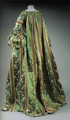 Robe volante, early 18th century