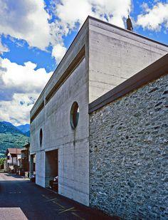 Luigi Snozzi /// Casa Fratelli Guidotti /// Monte Carasso, CH /// 1991 (?)