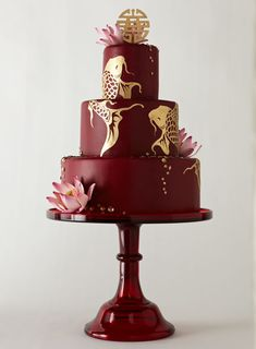Featured on Cake Wrecks - Golden Koi cake made by Elizabeth Hodes Custom Cakes and Sugar Art Crazy Cakes, Fancy Cakes, Pink Cakes, Gorgeous Cakes, Pretty Cakes, Amazing Cakes, Wedding Cake Red, Wedding Cake Designs, Fish Wedding