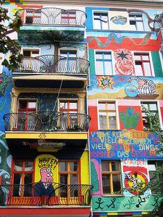 Berlin Street Art | What a building! | Lois Stavsky | Flickr
