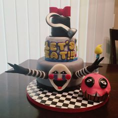 Five Nights at Freddy's cake  FNAF #foxy #freddy #fazbear #bonnie #chica #carl #marionette #puppet