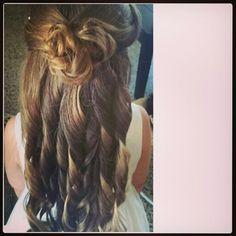 Peinado para esta princesa♥