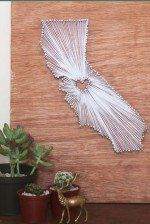 Cool DIY Wall Art Ideas for Teens to Make | http://diyready.com/27-easy-diy-projects-for-teens-who-love-to-craft/