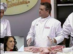 """chef Renato Sebastian mostrou tudo sobre os diferentes tipos de cortes : """"A carne de porco é muito saudável, vamos aprender os cortes e como utilizar cada parte do porco"""".    Com muitas dicas, os famosos aprenderam a fazer os principais cortes em um leitão e já se prepararam para a próxima prova. """"Imaginamos que iria ser sobre porco"""", confessou Adriana Birolli.    Siga as orientações e prepare uma deliciosa carne de porco em casa:    - corte sempre os dois principais: pernil, costela e…"""
