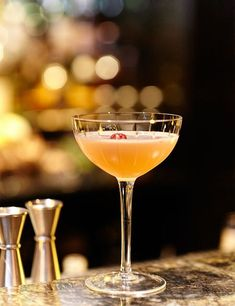 Enjoy the fruity taste of the Idonis cocktail. This easy drink pairs apricot brandy with vodka and pineapple juice. Brandy Cocktails, Cocktails To Try, Fruity Cocktails, Classic Cocktails, Cocktail Glass, Cocktail Drinks, Vodka And Pineapple Juice, Alcohol Free, Tapas
