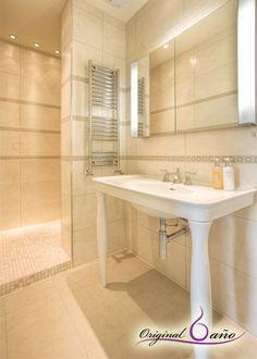 Ejemplo plato de ducha de obra con mosaico. #baños