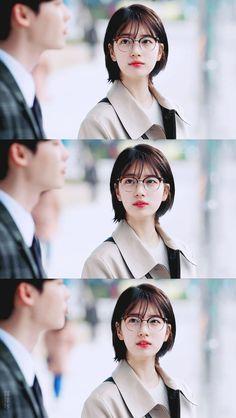 Korean Drama Movies, Korean Actors, Suzy Drama, Medium Hair Styles, Short Hair Styles, Asian Short Hair, Girls In Love, Pretty Girls, Bae Suzy