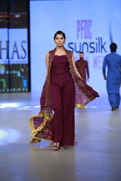 Khaass Premium Lwan Collection at PFDC Sunsilk Fashion Week 2016