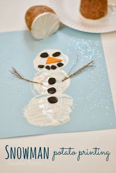 Snowman potato printing- fun Winter craft for kids! Add #sleeviesavers for easy cleanup! #kidscrafts