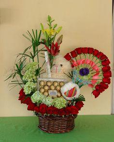 Flower Basket, Flower Boxes, My Flower, Flower Art, Home Flowers, Indoor Flowers, Arte Floral, Gerbera, Grapevine Wreath