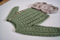 Oppskrift på genser: http://www.femina.dk/mode/strik/strik-en-nuttet-snoningstroeje-til-de-mindste