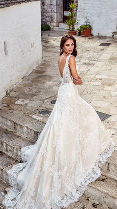 Eddy K Dreams 2018 Wedding Dresses Bridal Sleeveless Lace Strap V Neck Full Embellishment Open Side Glamorous Elegant A Line Dress