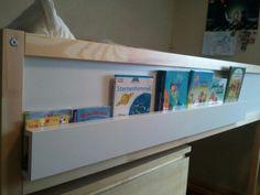 Libros en cama kura