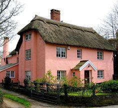 Bold and Beautiful Cottage