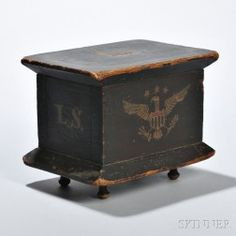 Skinner's - The Personal Collection of Lewis Scranton, Auction May Painted Chest, Painted Boxes, Antique Paint, Antique Decor, Antique Wooden Boxes, Antique Trunks, Primitive Furniture, Primitive Antiques, Primitive Decor