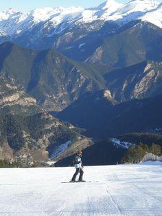 Skiing in Arinsal - Andorra