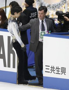 TOKYO (AP) -- Yuzuru Hanyu's coach Brian Orser says the Japanese Olympic figure skating champion will be ready for the Grand Prix Final, although he is still recovering from a collision at the Cup of China last month.