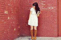 Ok, these are summer outfits, but I loved them!!! The dresses and the boots rock!