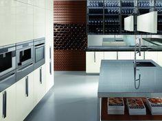 Cozinha lacada com maçanetas BARRIQUE | Cozinha de vidro - ERNESTOMEDA