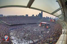 30 Photos That Perfectly Capture The Magic Of The Grateful Dead's Final Fare Thee Well Shows | L4LM