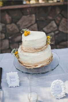 simple and sweet wedding cake #weddingcake #weddingreception #weddingchicks http://www.weddingchicks.com/2014/02/12/california-ranch-wedding/