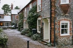 arquerio:  Blakeney Cottages by i like it! what is it? on Flickr.