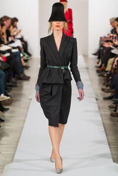 In ufficio da Oscar. Sfilata Oscar de la Renta New York - Collezioni Autunno Inverno 2013-14 - Vogue