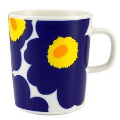 Admire iconic design while sipping on your morning coffee or afternoon tea with the Marimekko Unikko Mug. Maija Isola's famous Unikko (Poppy) pattern adorns the white porcelain of Sami Ruotsalainen's O