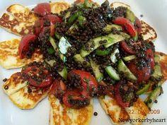 Halloumi ost med agurke/tomat linsesalat………..