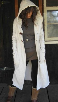 long trench by MeandD on Etsy - for those extra cozy days Winter Wear, Autumn Winter Fashion, Diy Fashion, Fashion Outfits, Cool Outfits, Casual Outfits, New Wardrobe, Mode Style, Sweater Weather