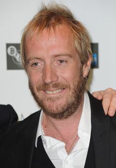 Rhys Ifans Photos - Actor Rhys Ifans attends the Premiere for Anonymous at the BFI London Film Festival at Empire Leicester Square on October 2011 in London, England. London Film Festival, Anonymous, About Uk, Spicy, Hair Cuts, Boyfriend, How To Remove, Dragon, Celebrities