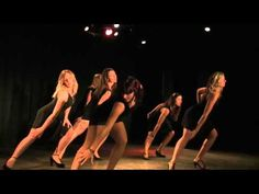 Killing me Softly - zumba bachata Fanny & Sarah Zumba Fitness, Health Fitness, Dance Fitness, Wyclef Jean, Zumba Routines, Killing Me Softly, Lets Dance, Shakira, Workout Videos