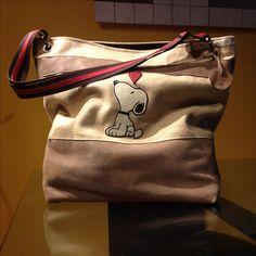 borsa di stoffa e pelle con applicazioni in pelle Snoopy