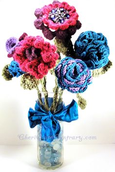 Floral Crochet Bouquet with 6 Flowers