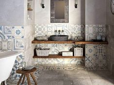 taste in use of tiles on the wall - carrelage mural original par CERAMICHE KEOPE Bad Inspiration, Bathroom Inspiration, Interior Inspiration, Baños Shabby Chic, Chic Bathrooms, Wall And Floor Tiles, Laundry In Bathroom, Wet Rooms, Beautiful Bathrooms