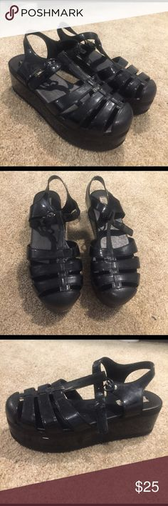 Steve Madden jelly platforms! Been worn once! In super great condition. Features a 3 inch platform and super easy to walk in! Steve Madden Shoes Platforms