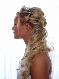 Wow, beautiful hair and hairstyle