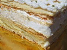 Unos espectaculares y deliciosos pasteles de hojaldre, merengue italiano, crema pastelera y glasa .  El famoso pastel Napoleón , no es comp...