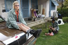 The Agyness Deyn for Dr. Martens collection has been around for a while now, but it has been notably scarce. Urban Outfitters to the rescue! Dr. Martens, Dr Martens Stil, Style Dr Martens, Dr Martens Boots, Toni Garrn, Anja Rubik, Vogue Paris, Agyness Deyn, Parka Coat
