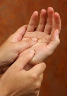 Two recent studies conducted by the Touch Research Institute at the University of Miami reported that regular massage therapy can be an effective treatment for kids with ADHD. The emotionally soothing aspects of massage, in addition to the way it builds p Occupational Therapy, Physical Therapy, Sensory Therapy, Carpal Tunnel Syndrome, Baby Massage, Sensory Integration, Sensory Processing Disorder, Adhd Kids, Helping Children