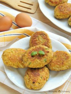 kotlety-jajeczne1 Healthy Foods, Healthy Recipes, Party Buffet, Zucchini, Vegetables, Per Diem, Healthy Food, Summer Squash, Health Foods