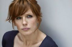 Kelly Reilly. I like her bangs.