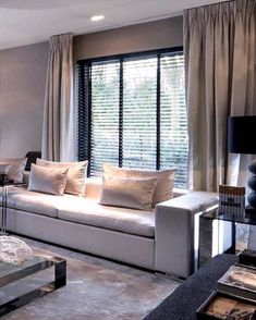 7 Noble Tips AND Tricks: Blinds Curtain Style wooden blinds office.Kitchen Blinds Above Sink bedroom blinds and curtains.Kitchen Blinds Tips. Living Room Blinds, Bedroom Blinds, House Blinds, Living Room Windows, Living Room Interior, Living Rooms, Ikea Curtains, Curtains With Blinds, Hang Curtains