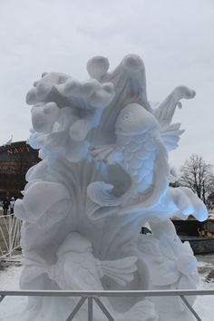 Navy Pier ice sculpting